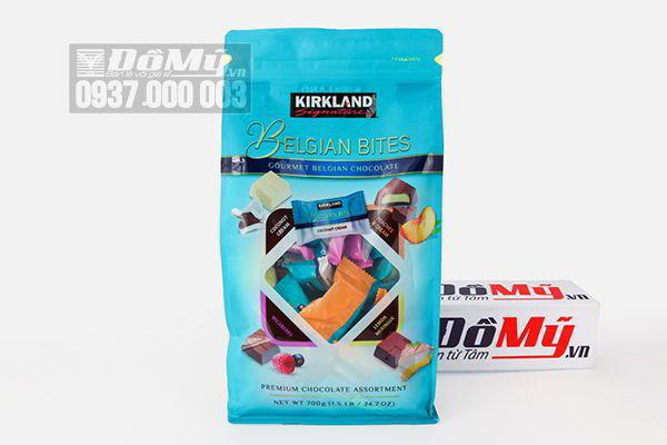 Chocolate nhân trái cây Kirkland Belgian Bites 700g