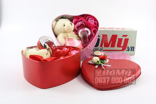 Bộ quà tặng nước hoa gấu Bvlgari 5ml của Ý