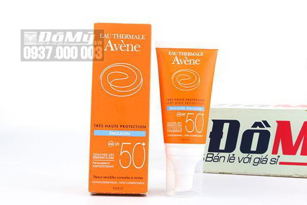 Kem chống nắng dành cho da nhạy cảm Avene Eau Thermale Tres Haute Protection Emulsion UVA SPF 50+ 50ml của Pháp.