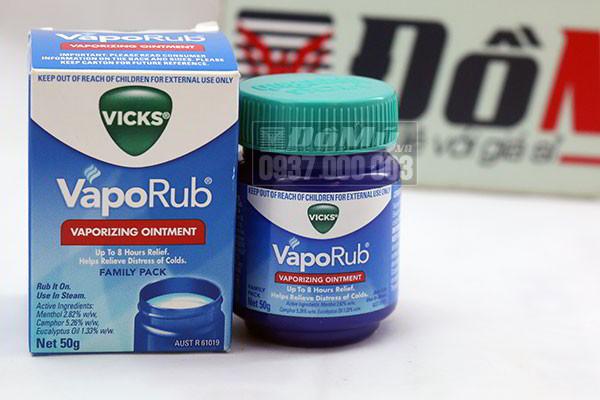Dầu bôi ấm ngực giảm ho cho bé Vicks VapoRub 50g của Mexico