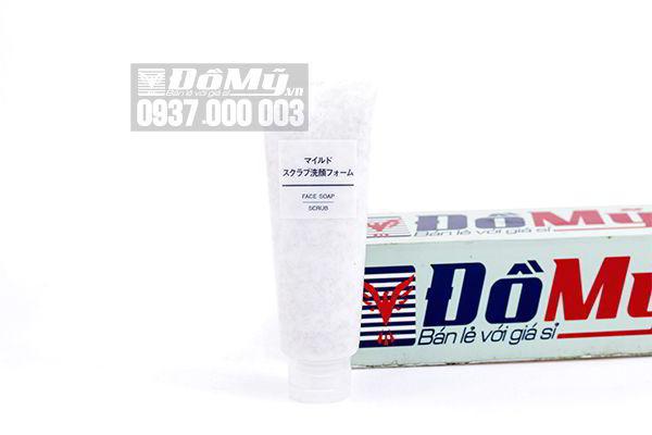 Sửa rữa mặt tẩy tế bào chết Muji Face Soap Scrub 120g của Nhật Bản