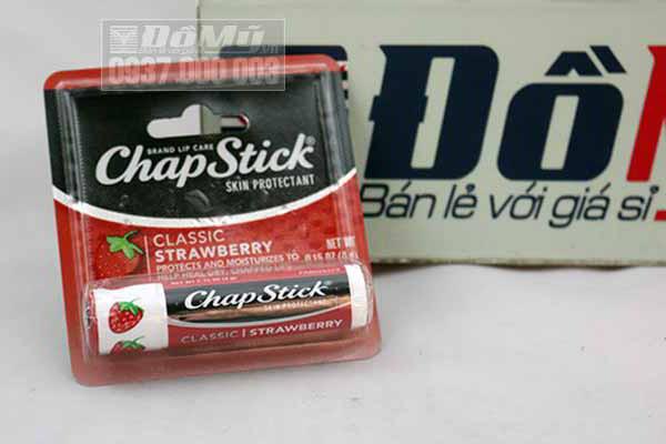 Son dưỡng môi Chapstick Classic Strawberry từ Mỹ