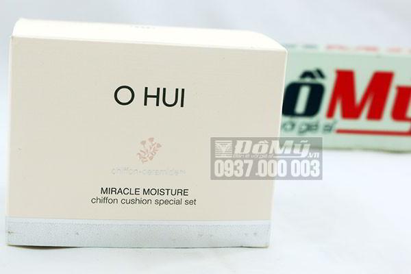 Set phấn nước dưỡng ẩm che phủ cao Ohui Miracle Moisture Chiffon Cushion Special Set của Hàn Quốc