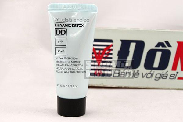 Kem nền trang điểm DD cream Models Choice Dynamic Detox Light 30ml của Hàn Quốc