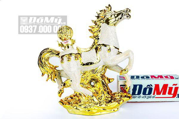 Rượu phong thủy con ngựa Bourbon Whisky 15 year 1000ml của Pháp