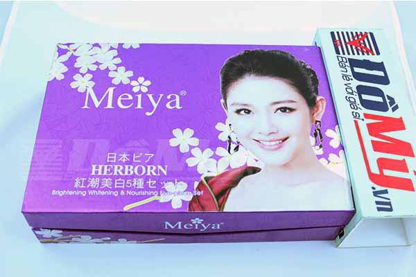 Bộ sản phẩm trắng da, đặc trị nám và tàn nhang cao cấp Meiya của Nhật Bản