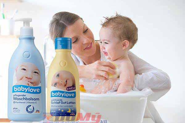 Sữa tắm gội toàn thân Babylove 500ml và dưỡng thể Babylove 250ml - Đức