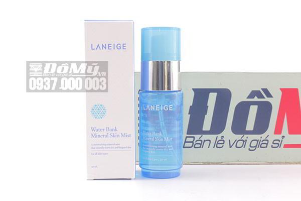 Xịt khoáng Laneige Water Bank Mineral Skin Mist 30ml của Hàn Quốc