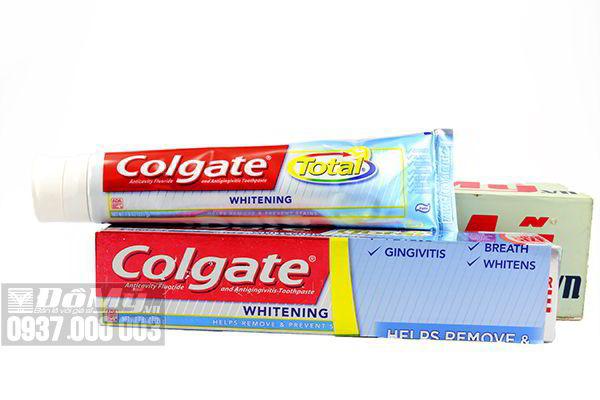 Kem đánh răng Colgate Total Whitening 221g của Mỹ