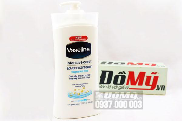 Sữa dưỡng thể Vaseline Intensive Care Advanced Repair màu trắng 600ml của Mỹ