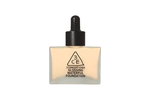 Kem nền 3CE Glossing Waterful Foundation #Soft Beige