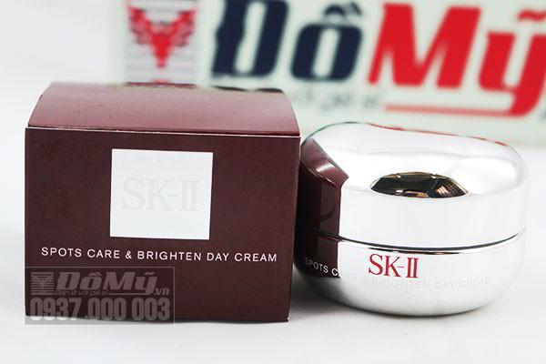 Kem dưỡng ngày trắng da SK-II Whitening Spots Care & Brighten Day Cream 25g của Nhật Bản