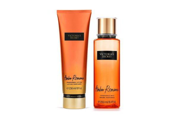 Bộ dưỡng thể và xịt thơm toàn thân Victoria's Secret Amber Romance Frangrance