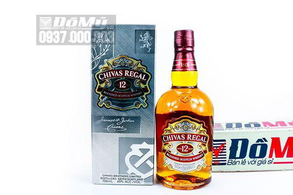 Rượu Chivas Regal 12 Blended Scotch Whisky 700ml