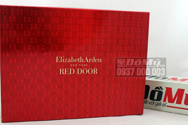 Bộ quà tặng Giftset Red Door Elizabeth Arden của Mỹ