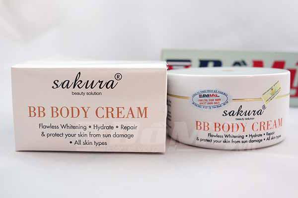 Kem Dưỡng Trắng Da Trang Điểm BB Whitening Body Cream Sakura