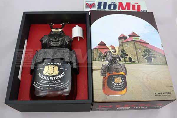 Rượu Whisky Nikka Samurai của Nhật Bản