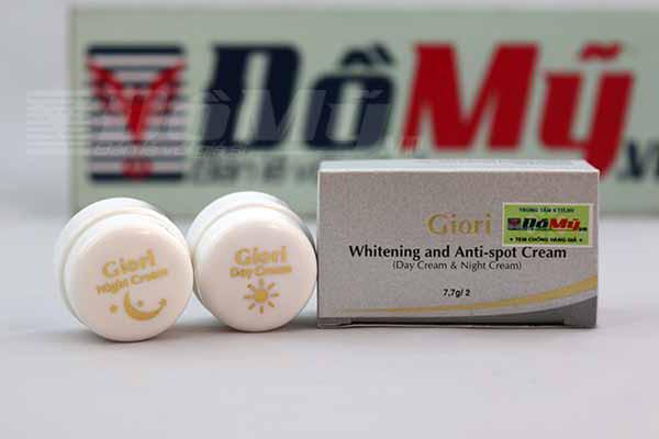 Bộ dưỡng da siêu trắng ngày và đêm Giori