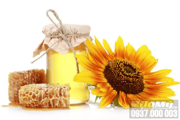 Dùng thường xuyên mặt nạ sữa ong chúa có ăn nắng không?